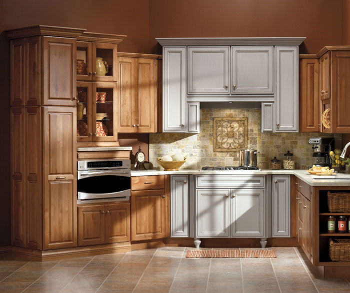 Alder cabinets in a casual kitchen by Kemper Cabinetry