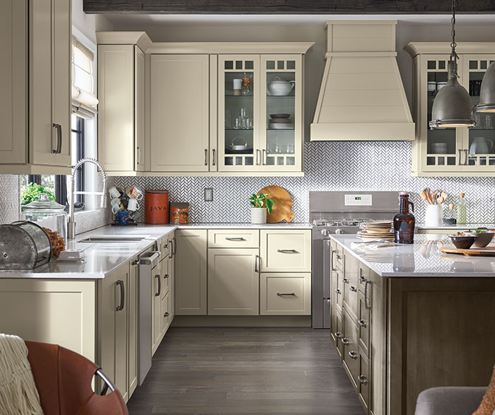 Off White Shaker Kitchen Cabinets - Kemper Cabinetry