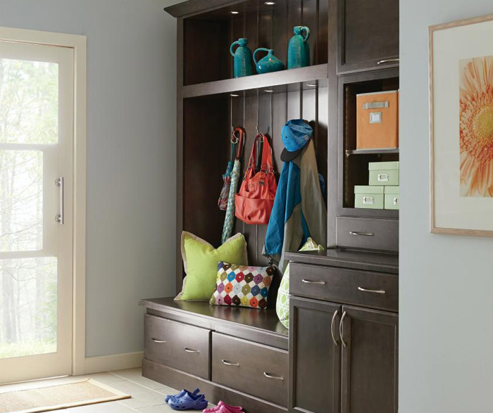 entry_way_cabinets